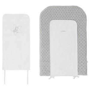 poudre-etoiles-noukies-matelas-a-langer-avec-serviettes